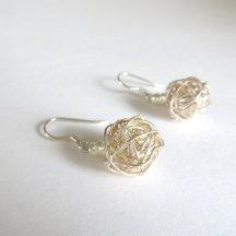 Zilveren knot oorbellen