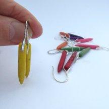 Zilveren spike oorbellen van gele turquoise