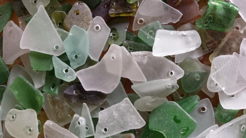 Zeeglas vinden aan de Nederlandsekust
